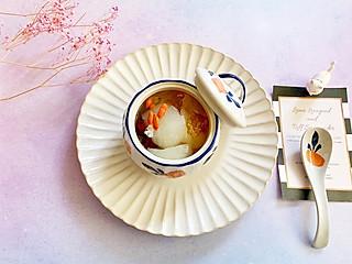 石头妈1的秋季去燥润肺的最佳补品—冰糖银耳炖雪梨汤