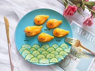 铿锵玫瑰甜甜妈妈的可爱的小黄鸭南瓜糕点