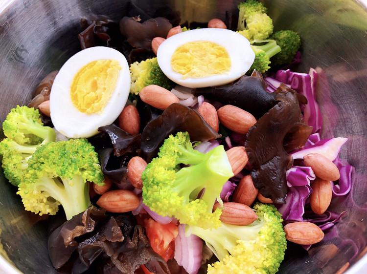 自制蔬菜沙拉图4
