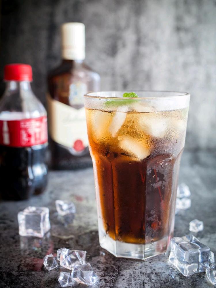 可乐换个喝法,试试吗?图1