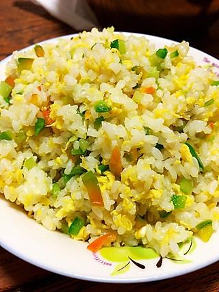 杨林厨艺的蛋炒饭是家常不错的主食