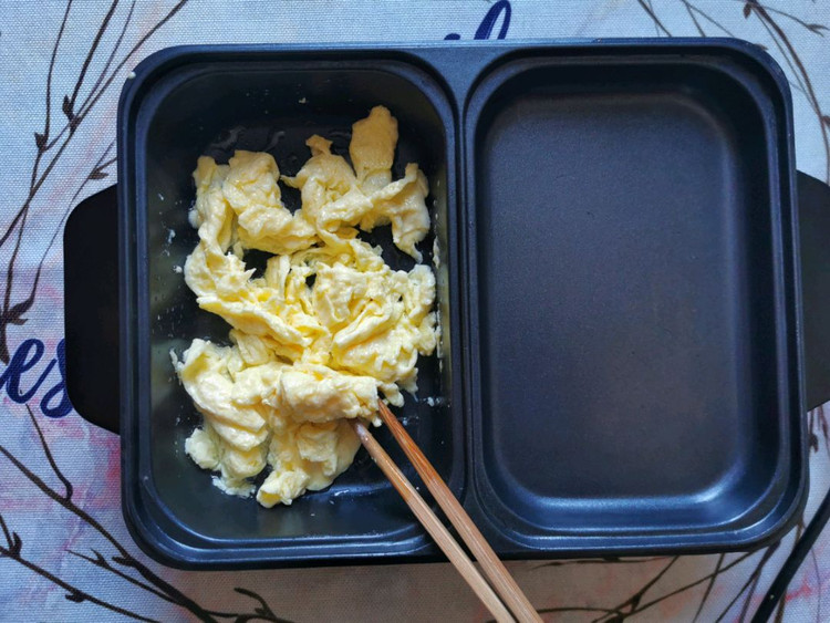 论一碗炒饭的自我修养,蛋炒饭是先炒蛋还是先放饭?你做对了吗?【附烹饪小贴士】图3