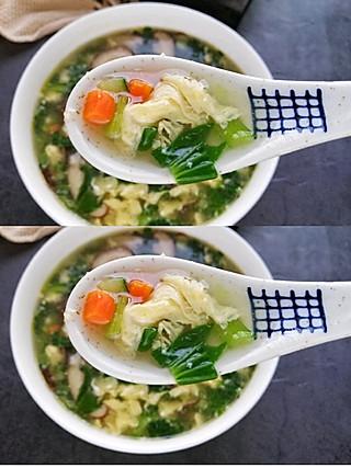 齐梅齐美食的简单快手的芙蓉汤