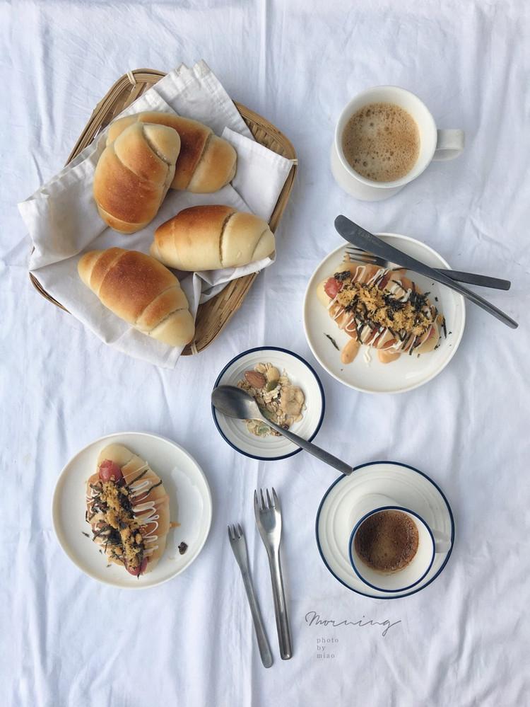 """米粉面包卷原来用大米面包粉做的面包这么软给""""哥哥""""做成了热狗他好喜欢图6"""