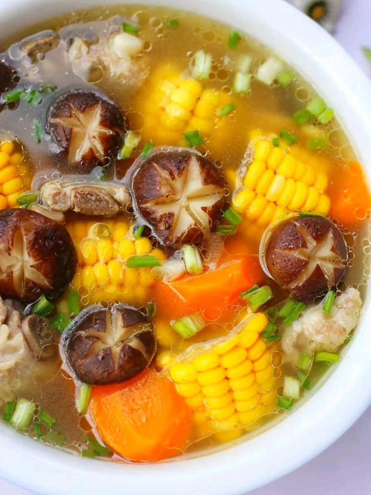 连喝三碗都不够🔥香菇玉米胡萝卜排骨汤😋 营养健康又鲜美‼图8
