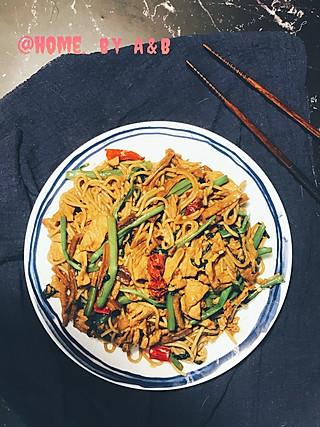 Ailove_9的空心菜肉片辣椒炒米粉