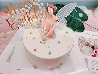 喻圈圈biu的颜值口味并存的花仙子蛋糕🎂