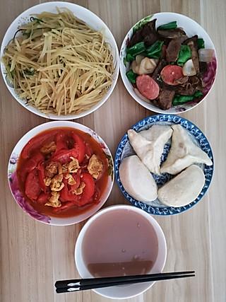 一叶知秋kwvr的番茄炒鸡蛋,青椒土豆丝,回锅牛肉