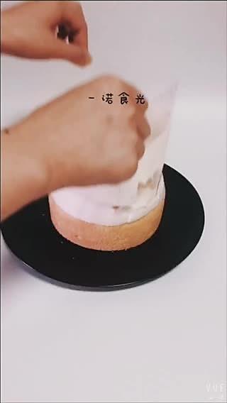 一诺食光的蛋糕胚吃腻了吗?那就来个快手版的爆浆蛋糕吧