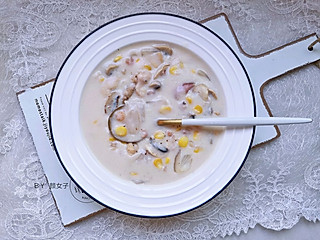 y颜女子的秒杀西餐厅的奶香蘑菇汤的秘密😋