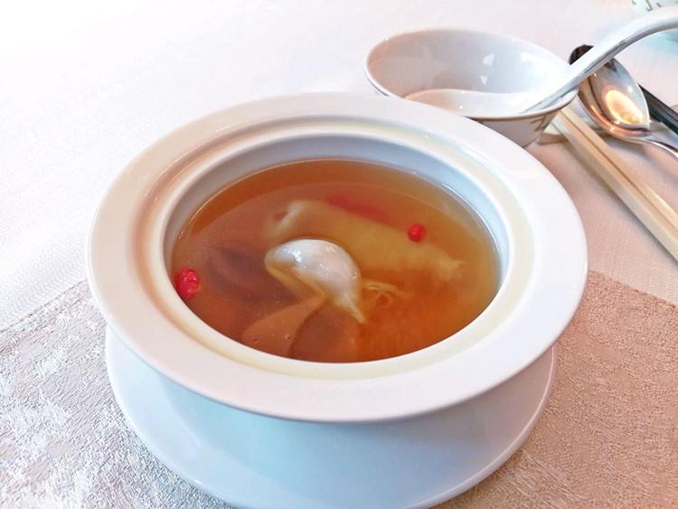 粤菜新吃,探秘北京首家使用云南鱼子酱的中餐厅图3