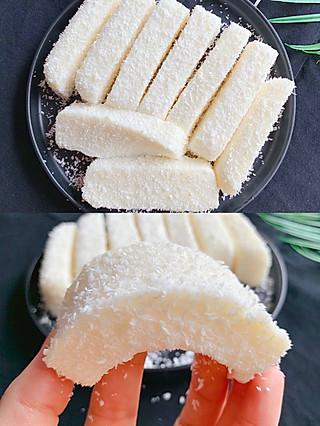 Lincf_v的🔥无需烤箱❗️入口即化的椰蓉奶糕,奶香十足,5分钟就能做一