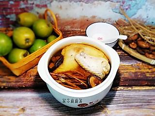 """张小厨厨房的石参根炖鸡~""""北有人参,南有石参"""""""