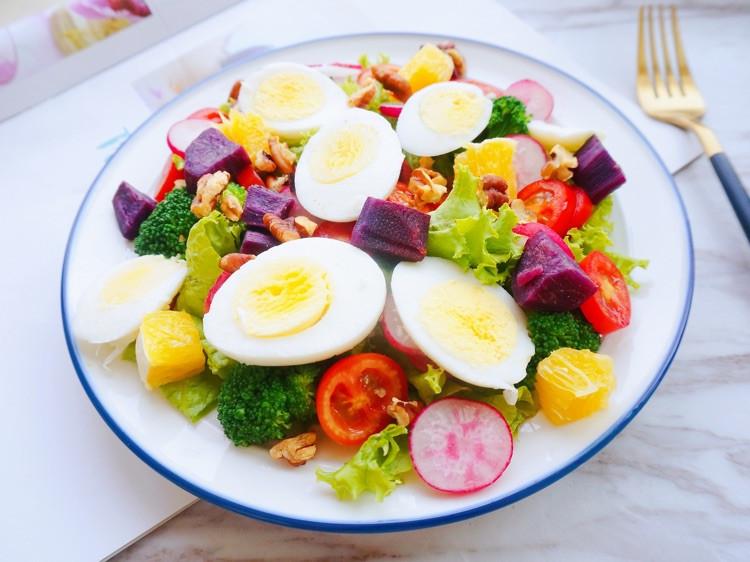 掌握减肥沙拉的五大营养要素🥗让你的沙拉既美味又营养图6