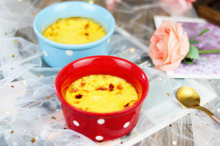 奶油泡芙520的1分钟学会比蛋挞还要好吃的奶香焦糖布丁