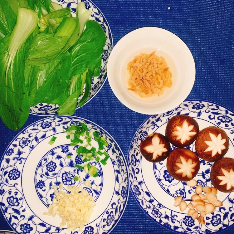 香菇油菜减肥也能吃的炒菜图3