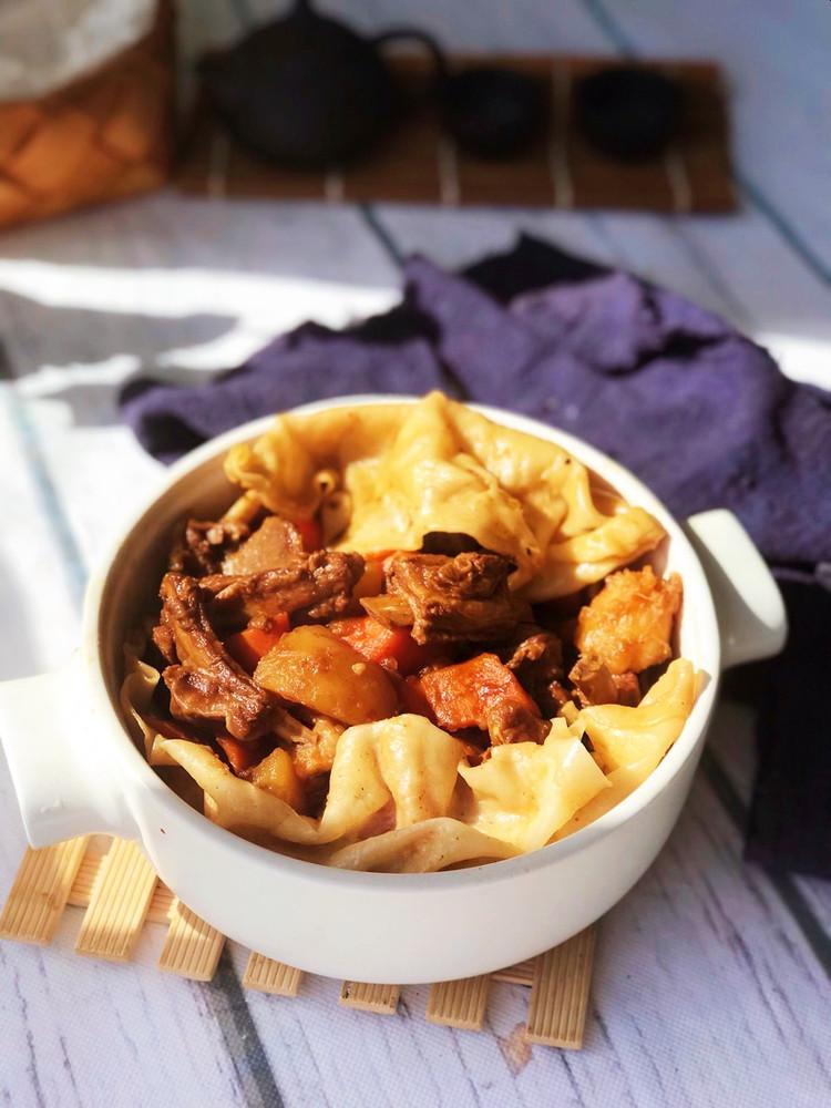 羊肉烀饼,浸透着菜肴的汤汁异常美味!图3