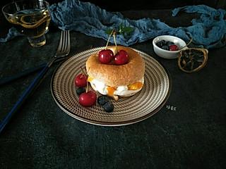焙着乐的水果奶油贝果,用上孩子喜欢的水果增加孩子的食欲