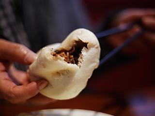 胸有成竹1966的天津特色美食~石头门坎素包子