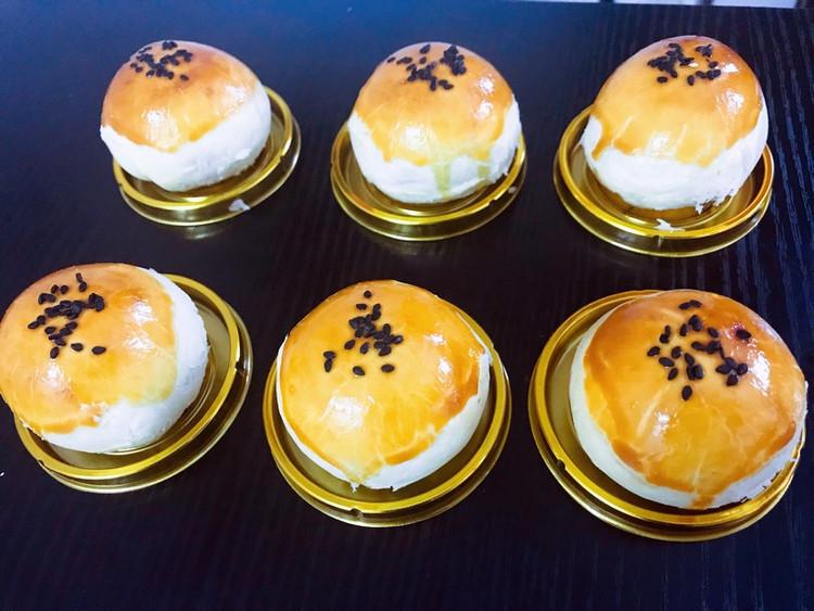 紫薯蛋黄酥图8