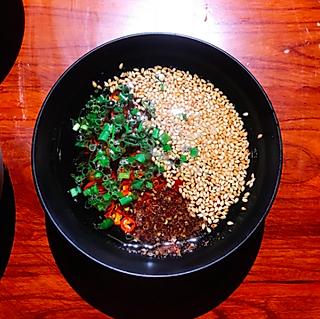 豆腐的被无数人夸好吃的火锅蘸料!隔壁小孩都馋哭了!😋