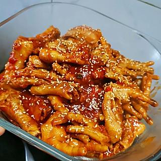 你的男孩子的男孩子的厨房日记-韩式辣酱焖鸡爪