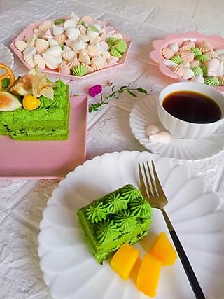 linglingxixi的今天的抹茶蛋糕和咖啡很配哦!