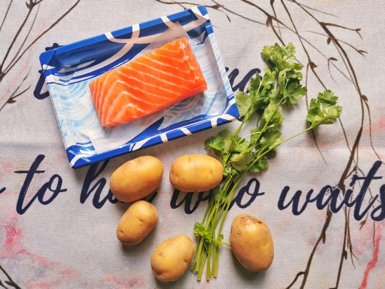 减肥就该这样吃!土豆加它,冰与火的碰撞,做出来的沙拉如此美味图2