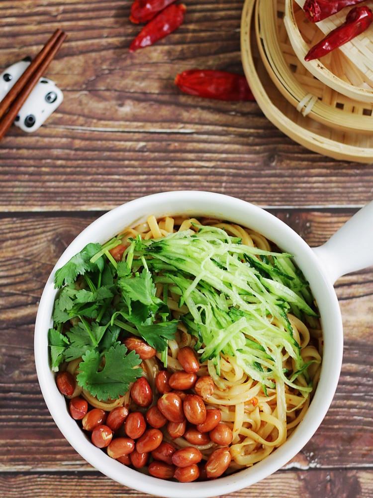 ㊙️开胃解腻酸辣凉拌面,👉好吃到舔盘,超级快手!图2