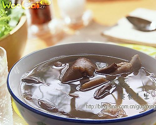 茶树菇猪骨汤的做法