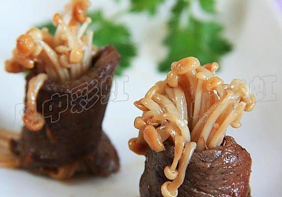 【金针牛肉卷】:简约贴秋膘的做法