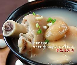 滋润成都的汤——雪豆蹄花汤的做法