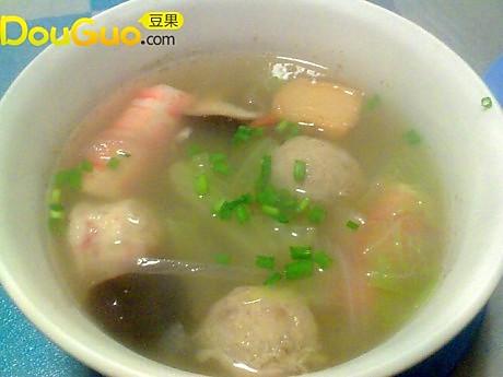 懒人的冬天海鲜汤的做法