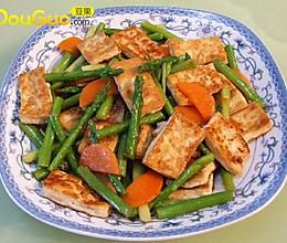 芦笋炒煎豆腐的做法