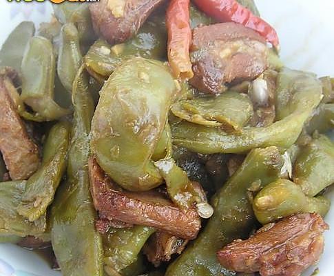 经典东北菜———排骨炖豆角的做法