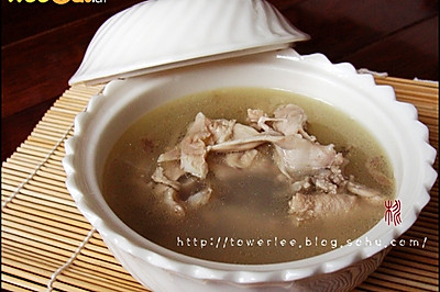 榴莲煲鸡汤-美丽厨娘
