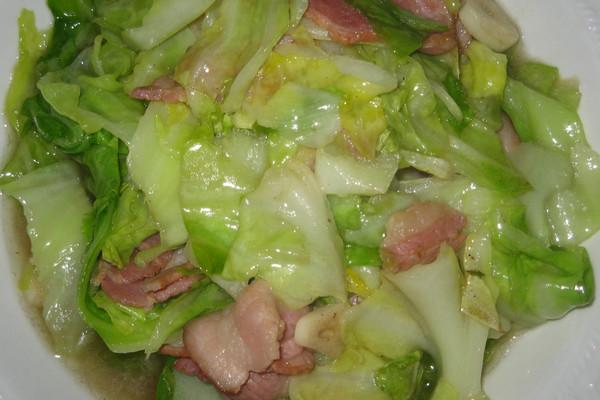 培根圆白菜的做法