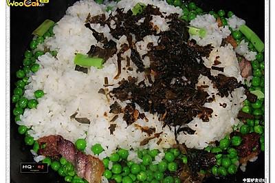 青豆腊肉焖饭