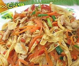 胡萝卜炒腐竹的做法