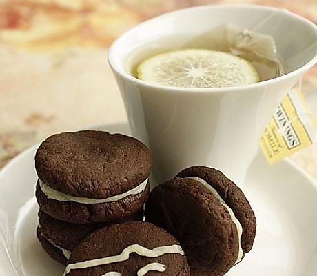 黑白巧克力夹心饼干的做法