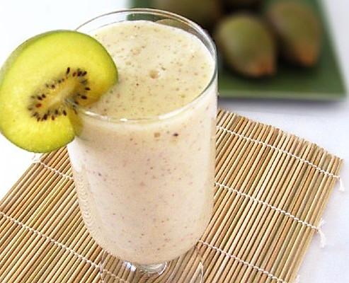 奇异果椰奶饮 的做法