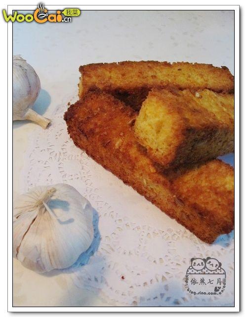 外酥里嫩——蒜香面包——美丽厨娘的做法