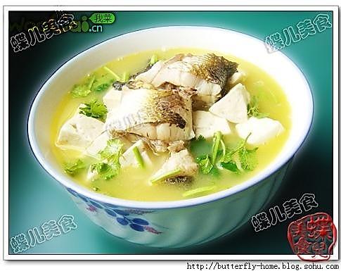豆腐梭鱼汤的做法