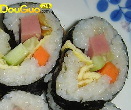 简单易做的寿司─户外美食的做法