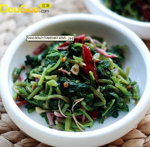 野菜大翻身——尖椒萝卜菜的做法
