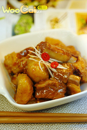 新年宴客菜——排骨烧粽子的做法
