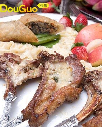 迷迭香沙司羊排的做法