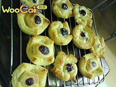 美丽厨娘-千层蓝莓盅的做法