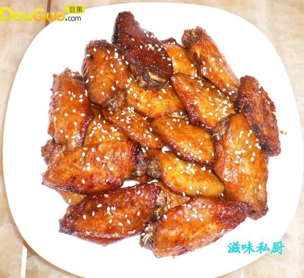 蜜汁红酒焗鸡翅的做法