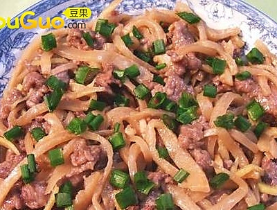 荷塘冲菜蒸牛肉